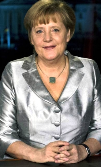 Angela Merkel_giacca d'argento_welovemercuri.jpg