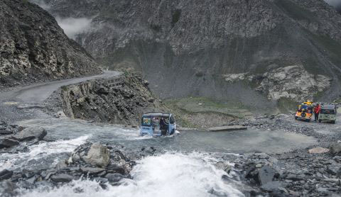 Apecar_Himalaya_welovemercuri.jpg