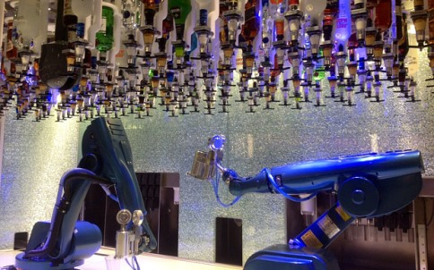BIONIC BAR_Royal Caribbean_welovemercuri.jpg