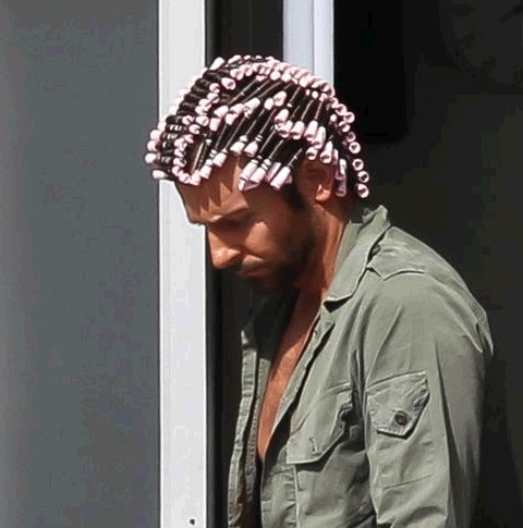 Bradley Cooper_bigodini_welovemercuri.jpg