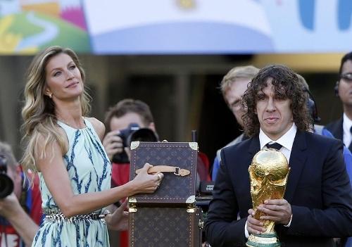 Carles Puyol_Neanderthal.jpg