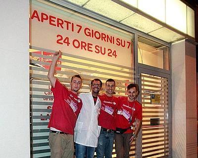 Carrefour_Express_ Milano_h24_welovemercuri.jpg
