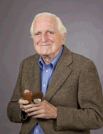Doug Engelbart_inventore del mouse.jpg