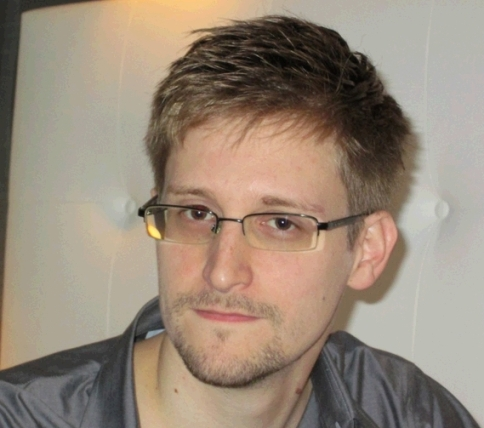 Edward Snowden_welovemercuri.jpg
