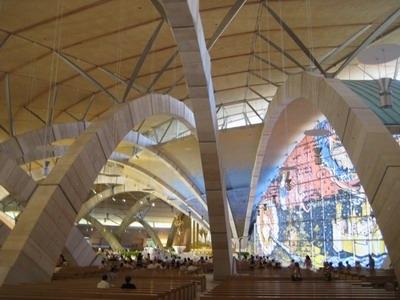 La cripta dorata di Padre Pio2.jpg