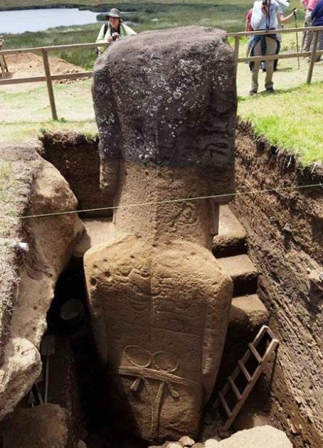 Le teste Moai dell'isola di Pasqua hanno un corpo.jpg