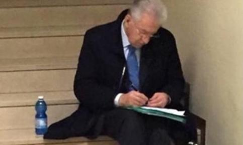 Mario Monti_coda_ASL.jpg