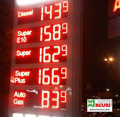 Norimberga_prezzi_carburante_sett2012_welovemercuri.jpg