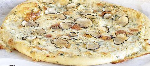 Pizza_Tartufo_welovmercuri.jpg