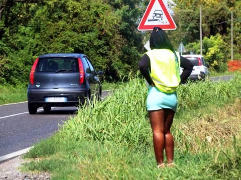 Prostitute_casacca_catarifrangente.jpg