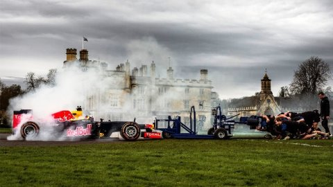 Red Bull F1 vs Bath Rugby_welovemercuri.jpg