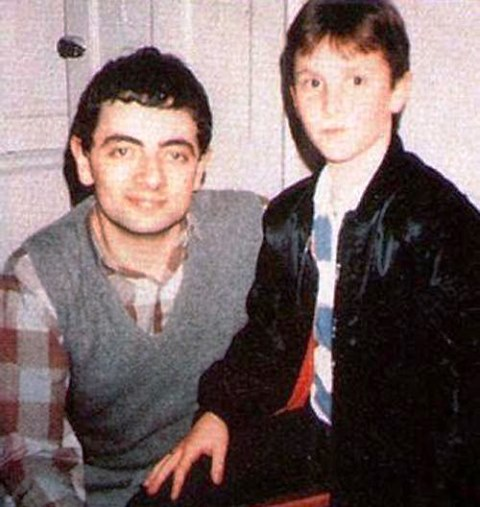 Rowan Atkinson_ Christian Bale_1995_welovemercuri.jpg