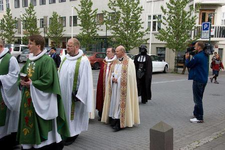 SW_processione.jpg