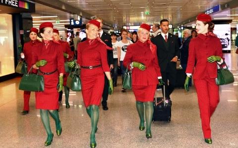 Salviamo le Hostess Alitalia.jpeg