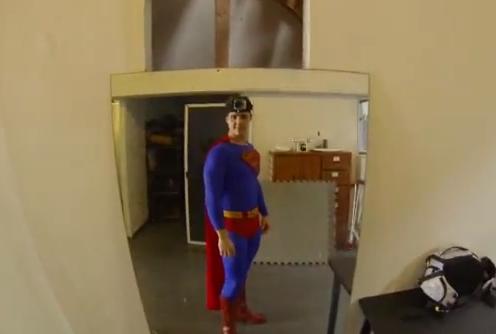 Superman con una GoPro.jpg