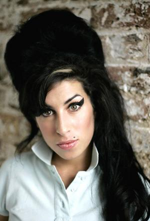 amy-winehouse-morta.jpg
