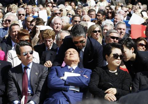berlusconi-jet-lag-dallas.jpg
