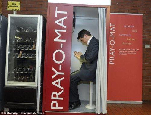 cabina di preghiera pre-inbarco_stoccarda_welovemercuri.jpg