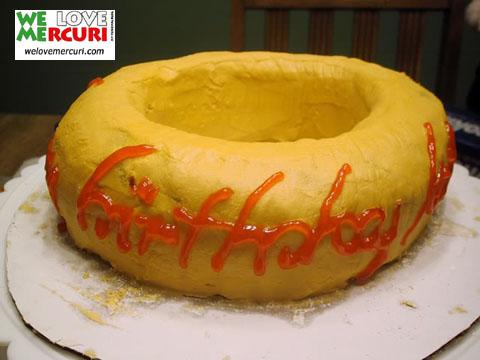 cake_signore_anelli_welovemercuri.jpg