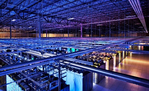 data_center_google_welovemercuri.jpg