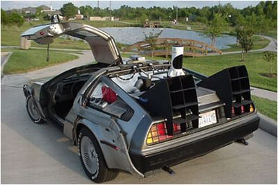 delorean_dmc12_2.jpg