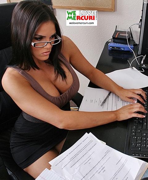 gnagna_ufficio_5_welovemercuri.jpg