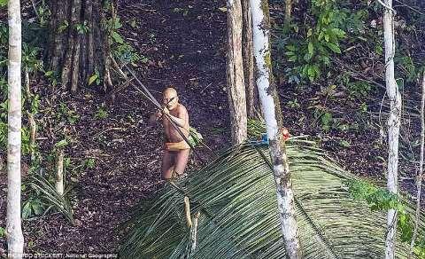 indios-amazzonia-2-860801.jpg