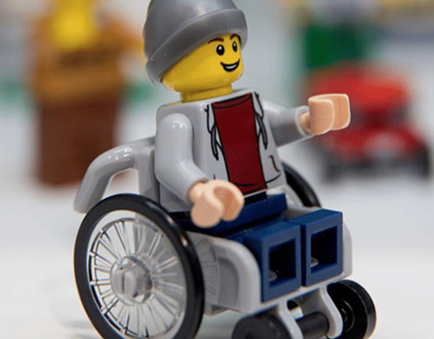 lego-disabile_welovemercuri.jpg