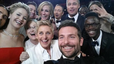 oscars-selfie.jpg