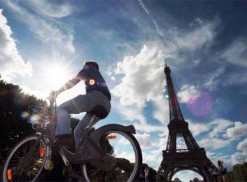 parigi-bicicletta.jpg
