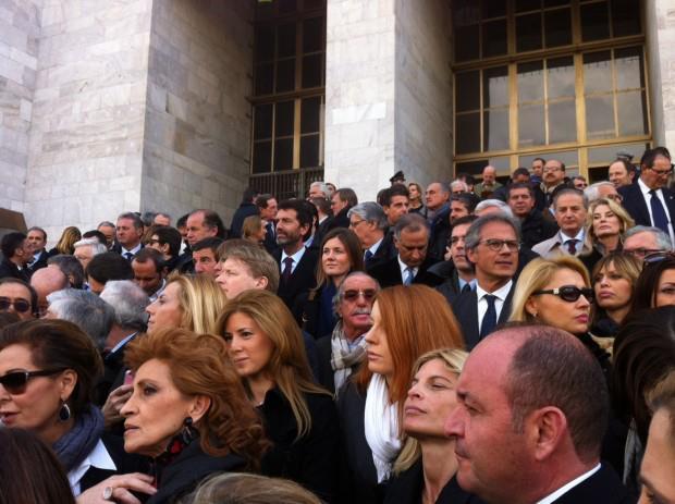 parlamentari_PDL_palazzo_giustizia_milano.jpg