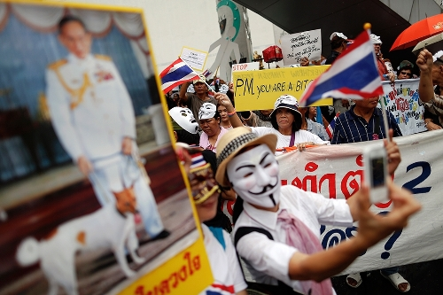 proteste thailandia_welovemercuri.jpg