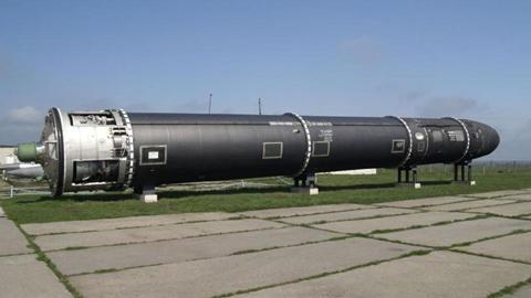 russia-super-nuke-satan-2-k83D-U10901379237477XLE-1024x576@LaStampa.it.jpg