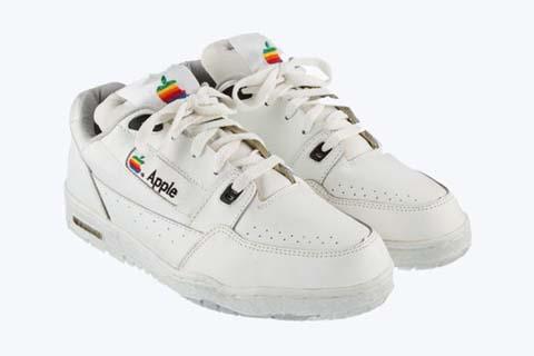 scarpe-apple-asta.jpg