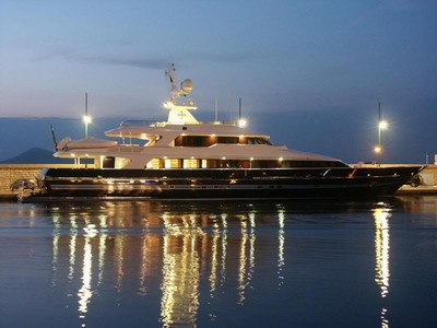 yacht#7.jpg