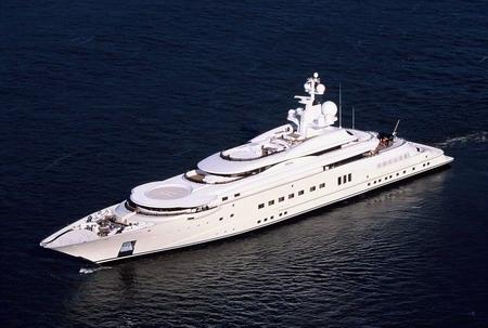 yacht_RA.jpg